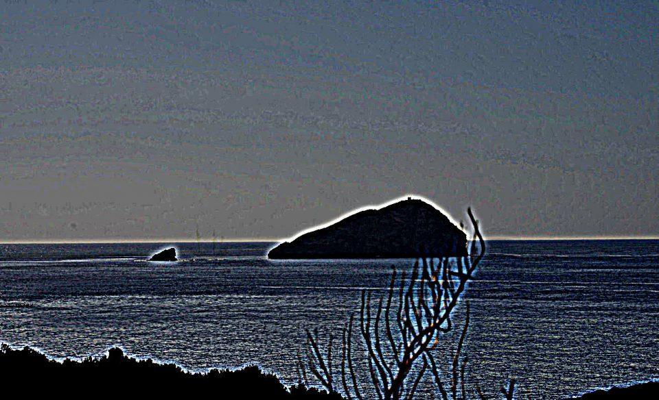 isola-della-vacca-1-maschera-di-contrasto